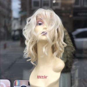 Long blonde curly Freepart wig